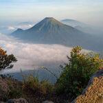 Paket Pendakian Gunung Sumbing start Jakarta